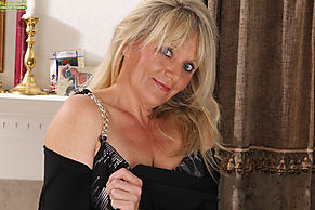 Joanna thomas naked