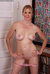 nude big butt fucking gif girl HD
