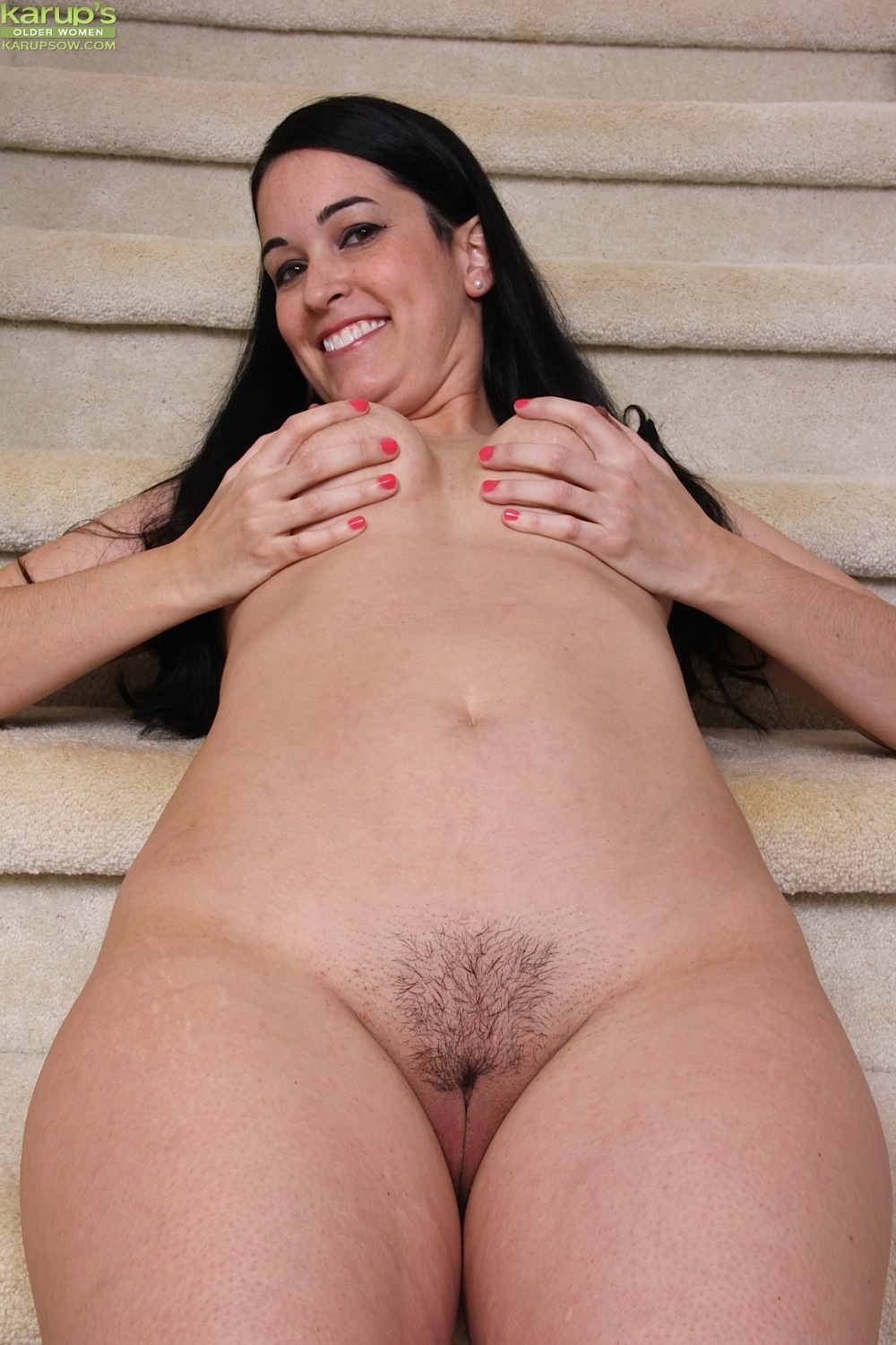 Smiley brunette nyla parker undressing slowly to suck on her sexy toes naked