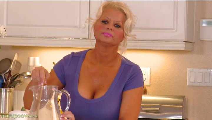 doll porn Roxie